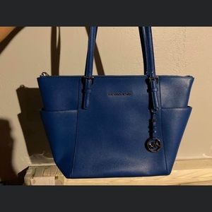 Michael Kors purse in Blue. BRAND NEW never used